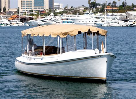 Duffy Electric Boat Rentals Newport Beach balboa island duffy boat rental