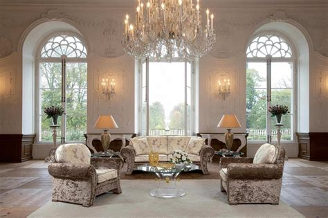 Luxury Design : Chandeliers For Your Home