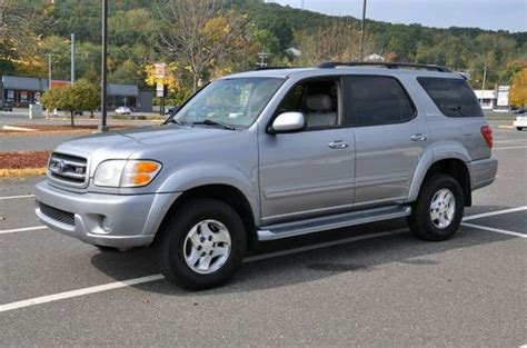 Sell Used Toyota Sequoia Sr5 Suv All Wheel Drive4.7l No