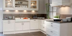Küche Landhausstil Weiß Modern : k chen im landhausstil k chenkultur ~ Bigdaddyawards.com Haus und Dekorationen