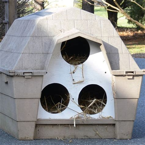 10 Outdoor Cat Houses  World's Best Cat Litter Blog