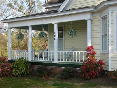 wraparound porch country home design with wraparound porch homesfeed