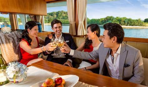 River Boat Companies Hiring by How To Hire A Boat For A Yacht In Singapore
