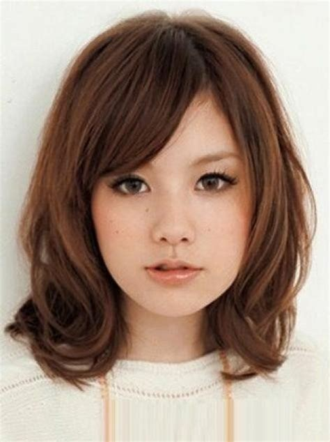 medium length hairstyles for teenage girls with round