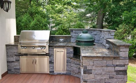 outdoor kitchen with big green egg outdoor kitchen photos custom kitchens big green egg 9025
