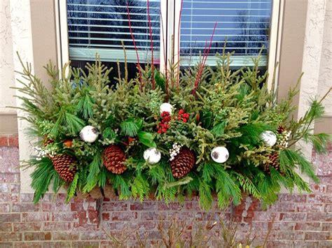 Blumenkübel Weihnachtlich Dekorieren by Blumenkasten Weihnachtlich Dekorieren 17 Inspiration Und
