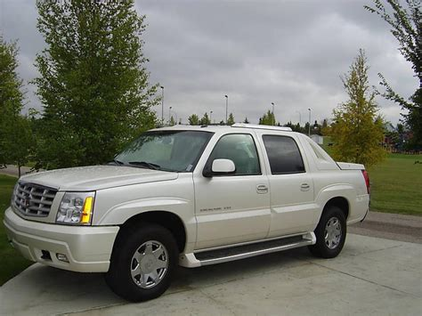 2003 Cadillac Escalade Ext by 2003 Cadillac Escalade Ext Information And Photos