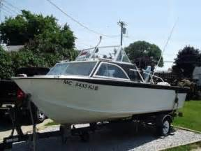 Photos of Vintage Aluminum Speed Boats For Sale