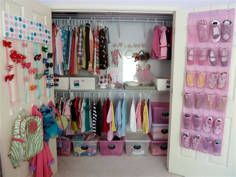 Farry Island Closet Ideas For Small And Teenage Girls