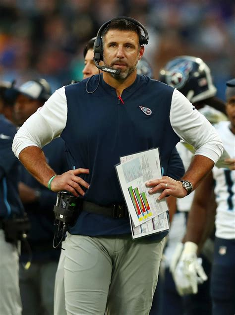 mike vrabel  tennessee titans  los angeles