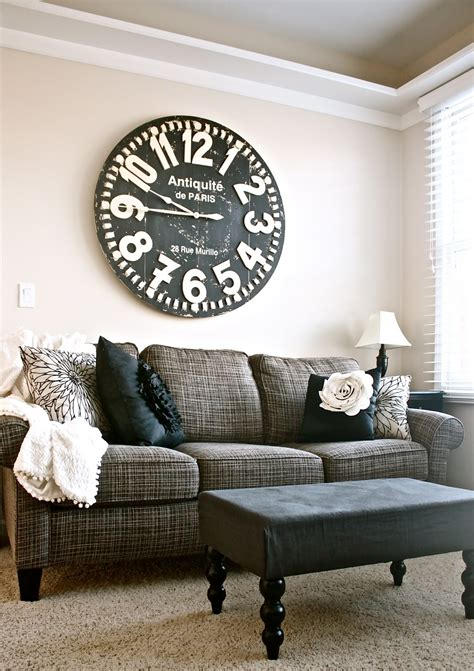 sofa above decorate ways chic shabby attractive source