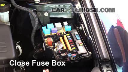 2010 Toyotum Venza Fuse Box by Replace A Fuse 2009 2016 Toyota Venza 2010 Toyota Venza