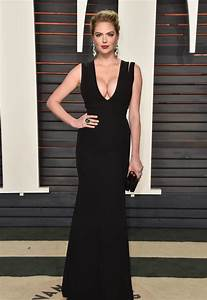 Kate Upton Was Seen Showing Off Some Insane Cleavage At The Oscars Party