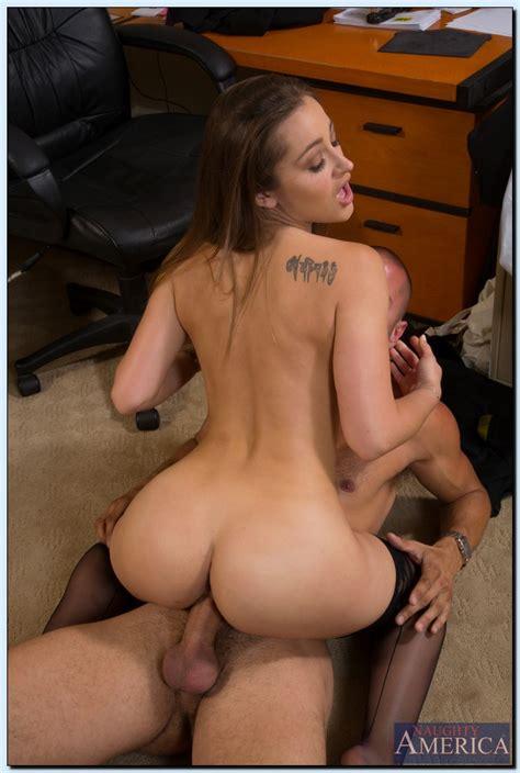 Sexy Secretary Has Many Skills Milf Fox