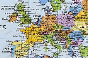 Pinnwand Weltkarte Kork : politische weltkarte kork pinnwand deutsch weltkarten weltkarte poster ~ Markanthonyermac.com Haus und Dekorationen