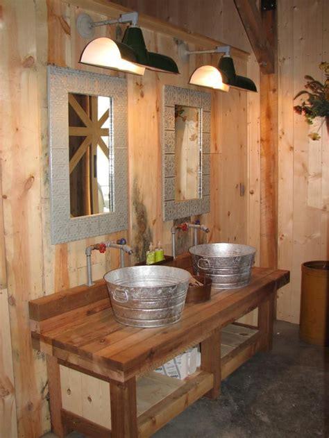Country Rustic Bathrooms by Barns Ponderosa Country 35 Peed Tpe1207 Nebraskabarns11 12