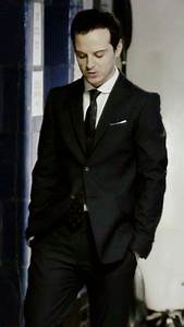Andrew Scott wearing a Vivienne Westwood suit, Spencer ...