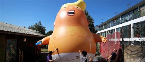 trump blimp diaper london president giant fly