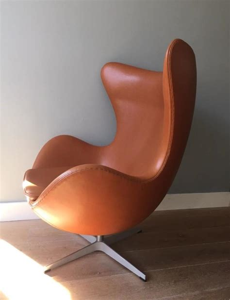 The egg chair that ranks the first is the bomber jacket leather egg chair. Egg chair - Furn 14