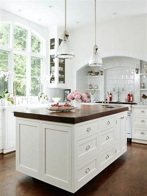 classy coastal   hampton style kitchens