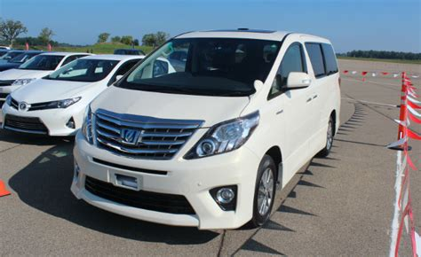 toyotas fuel sipping estima  alphard hybrid minivans