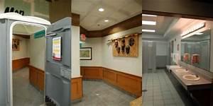 Crazy stalls the weirdest bathrooms youve ever seen for Jungle jims bathrooms