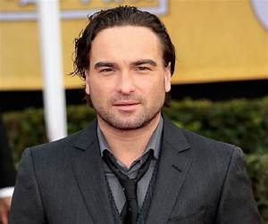 Johnny Galecki Biography - Childhood, Life Achievements ...