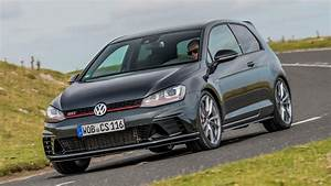Golf Sport Volkswagen : volkswagen golf gti clubsport s 2016 review two minute ~ Medecine-chirurgie-esthetiques.com Avis de Voitures