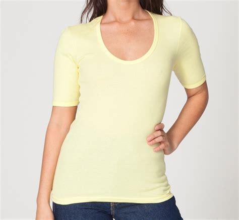 Tshirt Keren Adem Oblong Kaos model model kaos keren buat pria dan wanita bitebrands