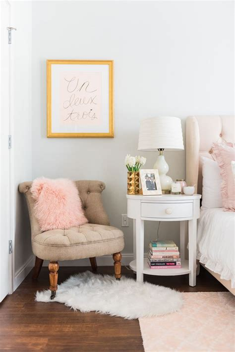 tables  bedrooms white side tables bedroom side table