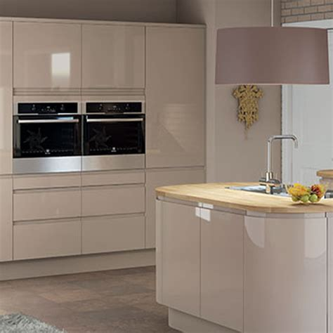 pictures of kitchen cabinet doors kitchen units cabinets magnet kitchens