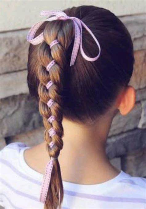 17 Fun & Easy Back to School Hairstyles for Girls (With
