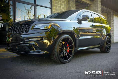 jeep grand cherokee srt modified jeep cherokee srt 8 with 22in savini bm12 wheels