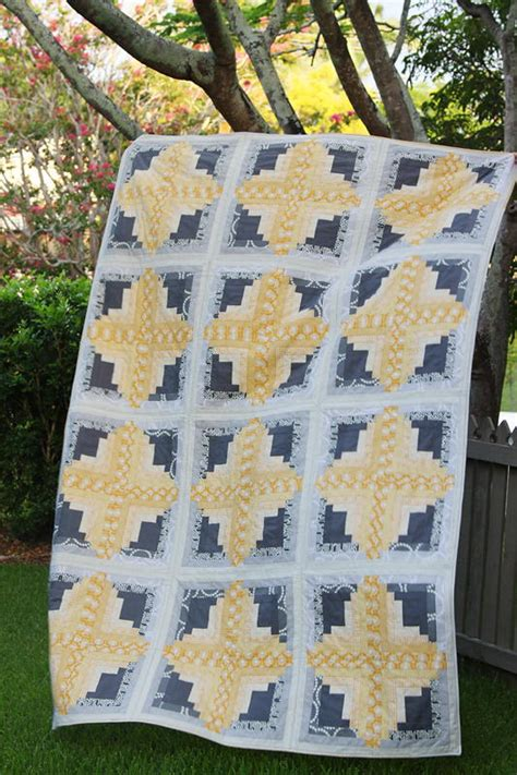 sunny log cabin quilt favequiltscom