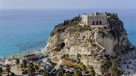 ufficio turismo tropea federalberghi quasi 35 milioni di italiani in vacanza