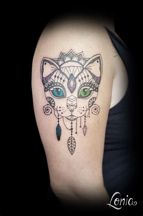 tatouage lonia tattoo ornemental mendhi mandala chat
