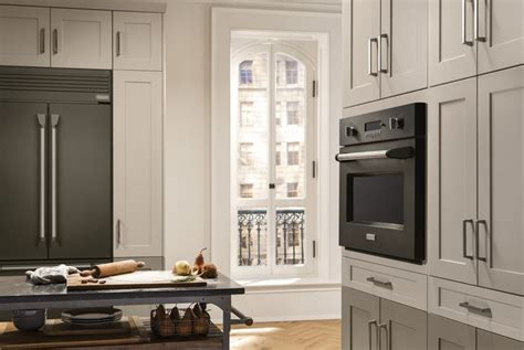designing a small kitchen ge brings superior craftsmanship sophisticated design to 6662