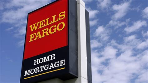 Well Fargo Home Mortgage by Fargo Lowers Credit Score Requirements For Fha Loans