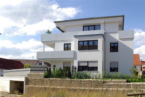 Zweifamilienhaus Alt Aber Modern by Referenzgeb 228 Ude Mehrfamilienhaus In Babenhausen