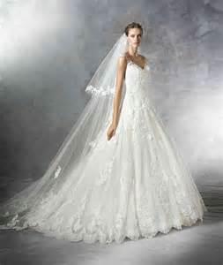 brautkleider mit strass prinzessin brautkleid mit strass pompöse brautkleider hochzeitskleid hochzeitskleider trägerlos