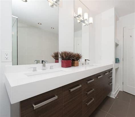 rock  reno    bathroom mirror ideas