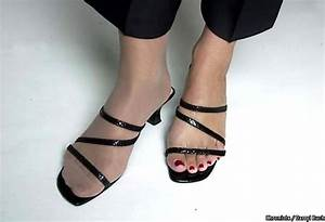 can you wear with sandals