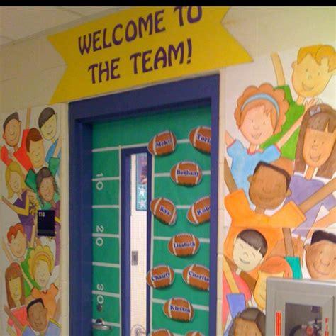 team   school door decoration
