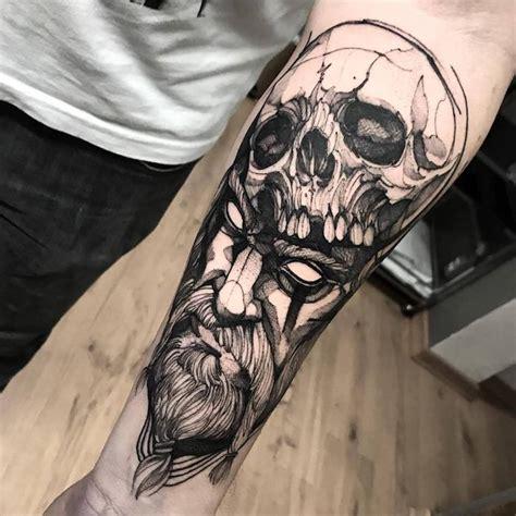 tattoos männer rücken unterarmtattooideenmnnerschwerttribalmotive fr