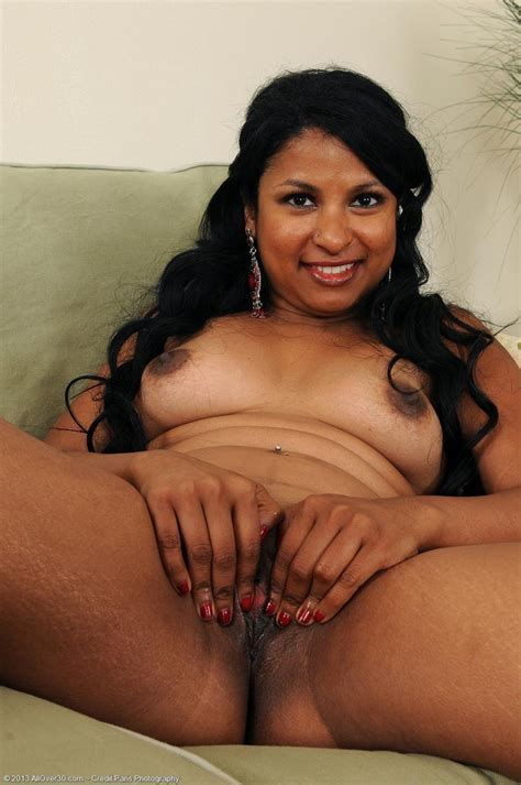 Horny Natural Exotic Milf In Heat From All Over Hot Girls Wallpaper