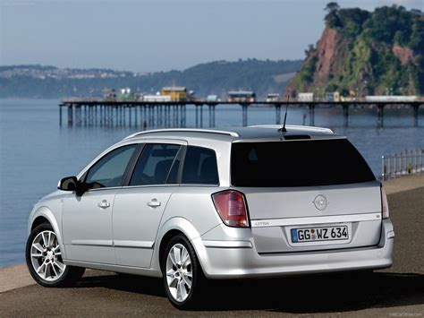 Opel Station Wagon by Opel Astra Station Wagon 2004 Picture 40 Of 97