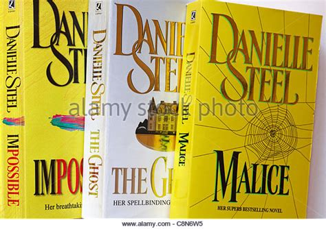 Danielle Steel Stock Photos & Danielle Steel Stock Images