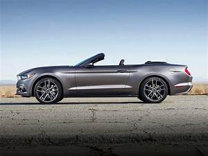 2017 Ford Mustang - Price, Photos, Reviews & Features