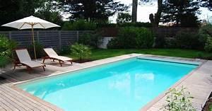 Piscine Enterrée Rectangulaire : la piscine rectangulaire une forme classique et design ~ Farleysfitness.com Idées de Décoration