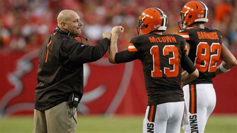 josh mccown  start  browns   clears concussion